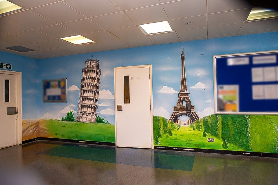 mural painter hand painted pisa eiffel tower