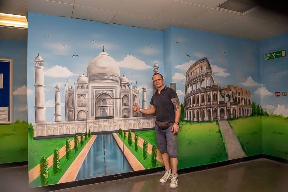 mural painter hand painted taj mahal colosseum